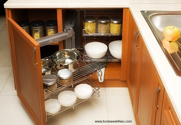 Swell Corner Cabinet 9 Innovative Kitchen Organization Tips And Home Interior And Landscaping Ferensignezvosmurscom