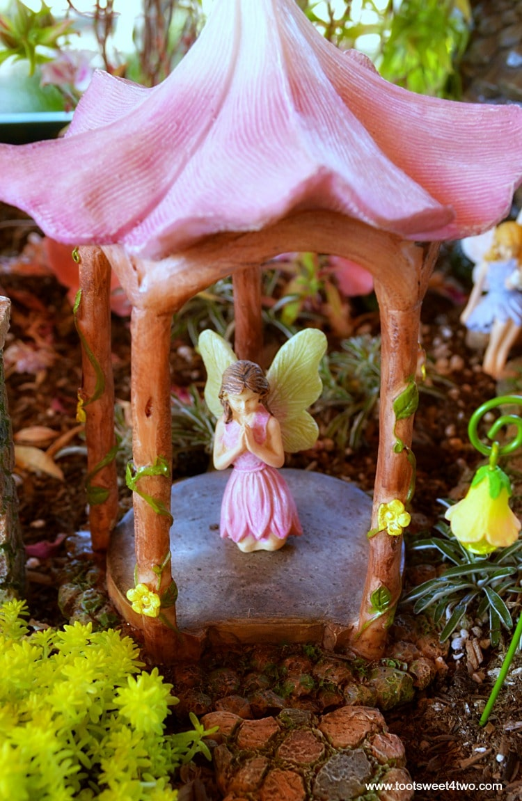 How To Create A Magical Miniature Fairy Garden